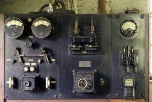 hydro-electric power generator