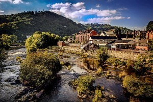 Llangollen station river dee