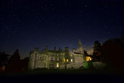 Palé Hall night sky